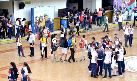 Feria Universitaria en el Colegio Lacordaire.