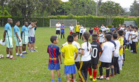 El Barcelona F.C. visitó el Colegio Lacordaire