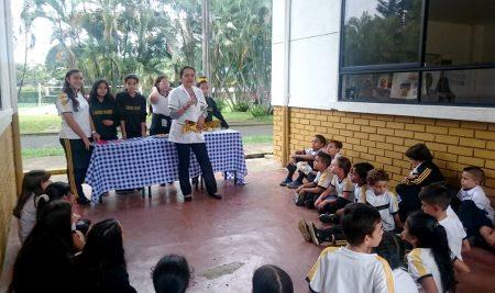 Estudiantes Lacorderianos Realizaron Talleres de Pileo